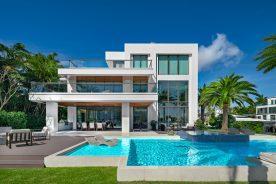 backyard shot of 2665 castilla isle with pool. Florida Luxurious Properties