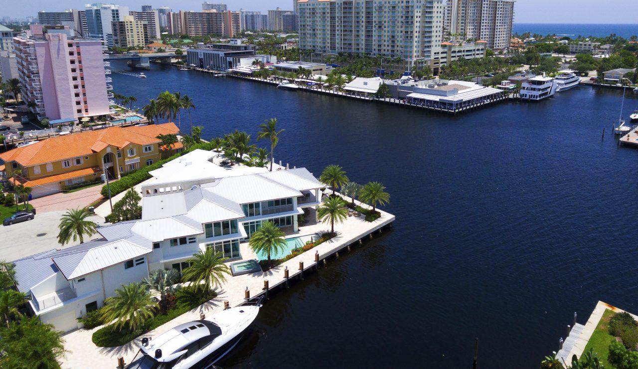 2884 Northeast 29th Street | Oceanfront Luxury Real Estate | Florida luxurious Properties