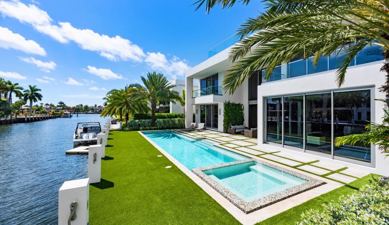 500 Mola Avenue | Luxury Waterfront Property South Florida | Florida Luxurious Properties