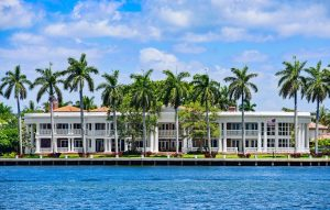 Waterfront home in Fort Lauderdale for sale at Florida Luxurious Properties