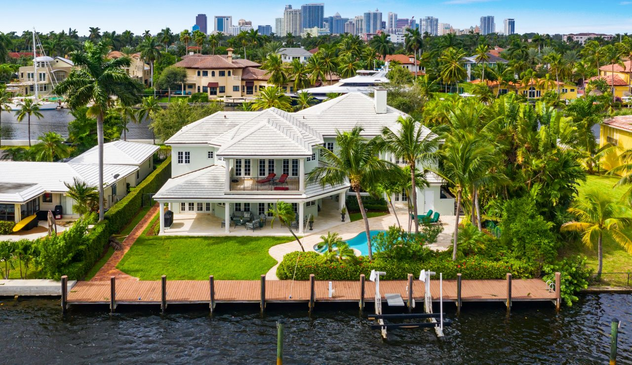 Luxury Waterfront property in Fort Lauderdale | 400 Isle of Palms Drive